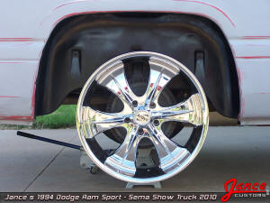 Nice rims with no fake rivets with exposed lug nuts!